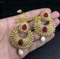 TRADITIONAL LOOK GOLDEN BASED INDIAN EARRING