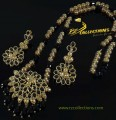 Golden Based Traditioanl Look PENDANT SET with Kundan Stones Studded