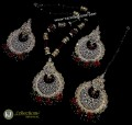 TRADITIONAL LOOK GOLDEN BASED ALONG WITH GAJRA CRYSTALS BEATS PENDANT SET