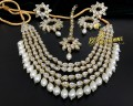 BEAUTIFUL DESIGN GOLDEN BASED KUNDAN STONES NECKLACE SET