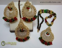 STYLISH TARDITIONAL LOOK WITH GOLDEN BASED ALONG WITH GAJRA CRYSTAL BEATS PENDANT SET