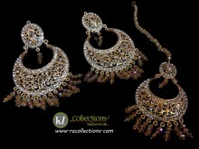 TRADITIONAL LOOK POLKIE STONES GOLDEN BASED EARRING WITH MATCHING TEEKA