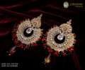 STYLISH GAJRA BEATS WITH GOLDEN BASED EARRING